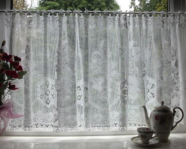 Nottingham Lace Cotton Cafe Curtain Cn1a
